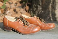 Brown 1960s lace up oxford shoes with vulcan heel sz 6.5 - 7