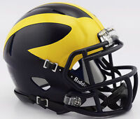 MICHIGAN WOLVERINES MATTE FINISH RIDDELL SPEED FOOTBALL MINI HELMET 8053434