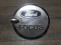 Ford Focus Facelift Hatchback 2008-2011 Nueva Cubierta Tapa de combustible