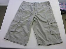 067 MENS NWOT GAZMAN RELAXED FIT OLIVE LONG CARGO SHORTS 36 $90 RRP.