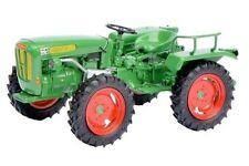 Modellini statici di auto, furgoni e camion trattori verde