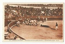Bullfighting/Corrida de Toros - Arrastrando el toro - Vintage postcard