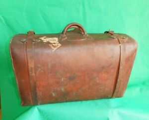 Vintage Finnigans Leather Suitcase / Trunk.