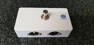 MIDI Switcher MSWIT3 Foot Operated Switcher Tough abs Box High q Switch White