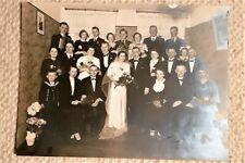 Hochzeitsfoto Gruppenbild Brautpaar Brautstrauß