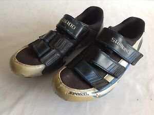 SHIMANO SPD SL CYCLING SHOES SIZE 42 EUR LOOK CLEATS - 3 FASTEN STRAPS USED COND