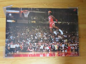 1992 Nike MICHAEL JORDAN No 23 CHICAGO BULLS Slam Dunk Contest Winner Poster MVP