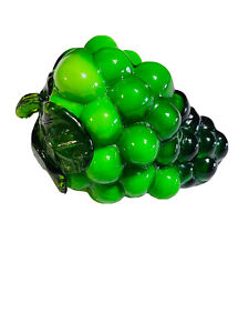 Vtg Murano Style Art Glass Decorative Green Grapes Fruit Life Size Paperweight