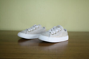CONVERSE ALL STAR TODDLER GIRLS BEIGE W/GOLD LINES LEATHER LOW TOP SNEAKERS - 5M