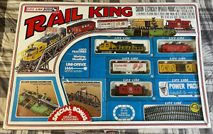 LIFE-LIKE HO Train Set - Rail King