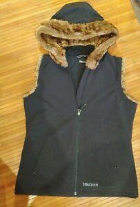 Marmot Fleece Lined Gilet With Faux Fur Lined Hood Size L