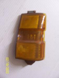 1979 BONNEVILLE RIGHT MARKER TURN SIGNAL CORNER LIGHT OEM USED PONTIAC 5970532 2