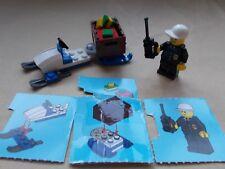 LEGO CITY WINTER SCENE POLICE PRESENT DELIVERY IN THE SNOW COP SNOWMOBILE +TRUCK