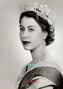 A4 GLOSSY PHOTO POSTER HM QUEEN ELIZABETH II 1952 PRINT ROYAL FAMILY QUEEN print