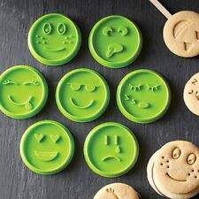New listing Pampered Chef Emoji Cookie Cutter Set