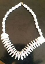 Retro 80s plastic  necklace