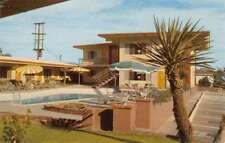 Palm Springs California Silver Sands Hotel Pool View Vintage Postcard K83441