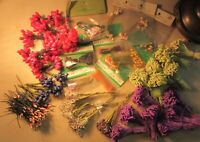 Lot of 45 Bunches of Vintage Stamens Millinery Hat Flowers Dolls Bridal Crafts