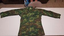 Vtg 1969 Vietnam War US Marines Ripstop ERDL Camo Jungle Jacket sz small Shirt