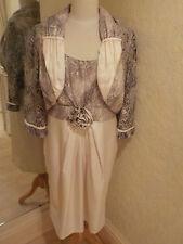 Michel Ambers vestido y crema de chaqueta Tamaño 16