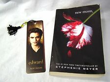 NEW, UNREAD COPY & BOOKMARK - New Moon 2 by Stephenie Meyer (2008, Paperback)
