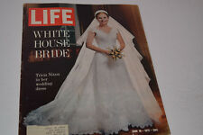 Vintage June 18, 1971 Life Magazine - Tricia Nixon on Cover