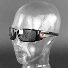 Occhiali da sole da uomo con montatura in nero e mantatura in plastica dalla Spagna