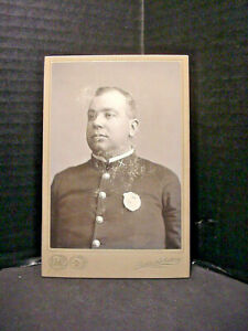 Policeman Cabinet Photograph In Uniform Early 1900's Columbus Ohio Uniform Badge