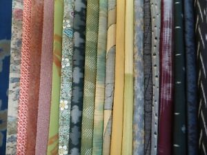 #63 Vintage Japanese Kimono Fabric, Silk Scrap Remnants, 20 Piece Bundle
