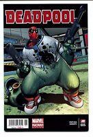 Deadpool #5 La Mole Variant Paco Medina & Crain Variant 9.4