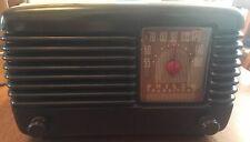 Impresionante Raro Philco 45-200 Transistone Deco Baquelita Radio, importación de Estados Unidos, trabajando