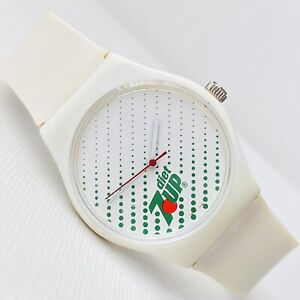 Vintage Diet 7-Up Men's Women's White Hand Wind Novelty Watch RUNS GREAT