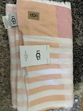 Ugg visay beach towel 40x72� Oversized