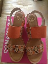 Madeline Dollars To Donuts Wedge Sandal Orange 8, New in Box