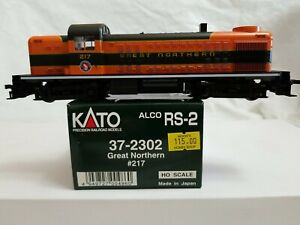 1998 KATO #37-2302 ALCO RS-2 GREAT NORTHERN #217 - DC UNIT w/ BOX - TESTED