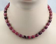 Rhodonit-Kette mit kleinen Perlen in 43,5 cm Länge
