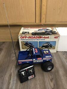 Off Roader 1980ern,blau, TAIYO , Bastlerware , Dickie mit OVP Ferngesteuert 4x4