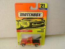 Camions miniatures rouges GMC