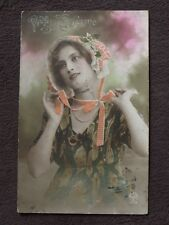 PRETTY LADY WITH BONNET, VIVE STE CATHERINE COLOR TINTIED POSTCARD