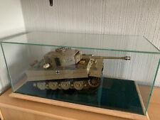 Modell-Panzer Tiger 1 aus Metall. Bausatz 1:16