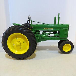 """Scale Models John Deere """"B"""" Tractor  1/8 Scale  JD-FY-1000-E"""