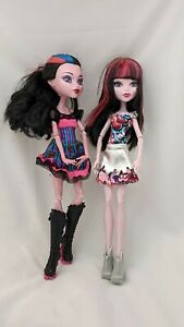 Lot Of 2 Monster High Dolls Toys Figures - Draculaura And Dracubecca