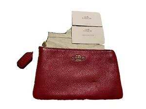 NWT COACH WRISTLET IN LEATHER AND SHEARLING CRANBERRY/PINK SMALL WRISTLET F64709