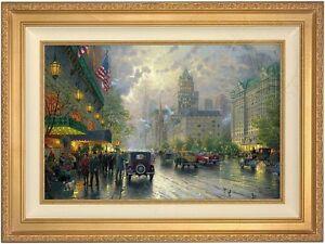 Thomas Kinkade New York 5th Avenue 18 x 27 LE A/P Canvas (Gold Frame)