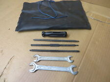 "volvo TOOL KIT w/ POUCH "" FELO "" FACTORY OEM"