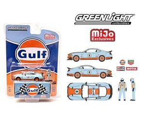 Greenlight 1:64 Mijo Exclusives 2021 Ford Mustang Mach GULF + Figure