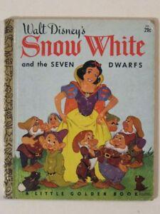 Walt Disney's SNOW WHITE & the SEVEN DWARFS! Vintage Little GOLDEN Book D66!