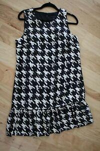 BANANA REPUBLIC Women's Black White Silk Dress Sleeveless Ruffle Hem Sz 10 NWT