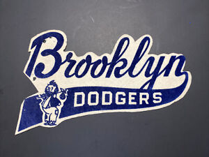 1950s BROOKLYN DODGERS LARGE JACKET PATCH RARE!!!