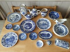 More details for job lot of vintage blue and white tableware collectables 26 pieces.